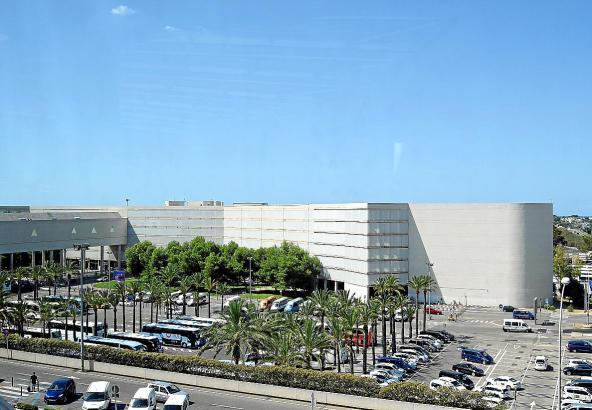 Am Flughafen-Parkhaus Palma von Architekt Pere Bover wurde einiges umgebaut.