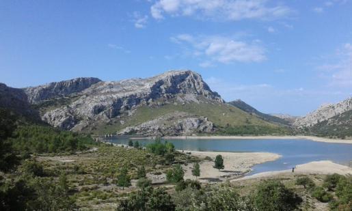 Die Tramuntana-Stauseen in den Bergen sind nur noch zu einem Drittel gefüllt.