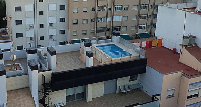 """Eigentlich verlockend: Ein Privatpool auf dem """"Rooftop"""" mitten in Palma."""
