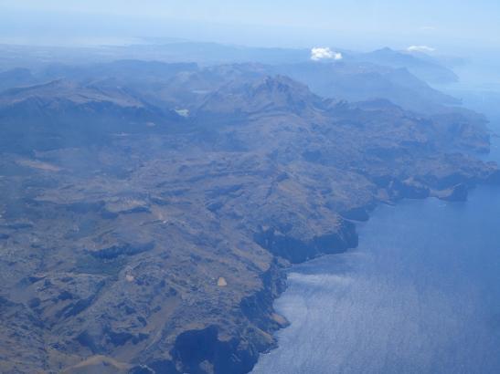 Mallorca aus der Sonnenperspektive: Trockenes Land und keine Regenwolken in Sicht.