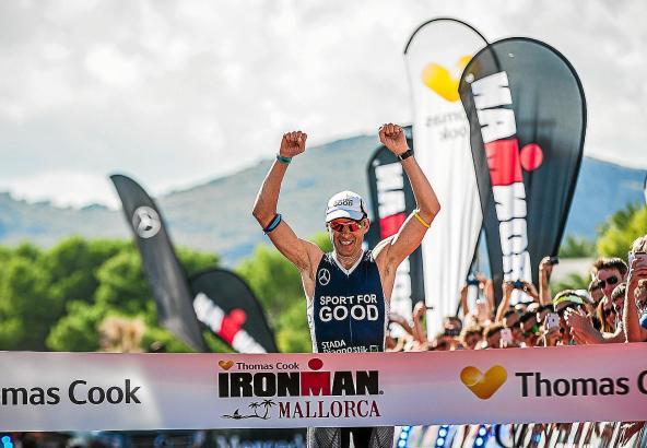 Geschafft! Der Deutsche Timo Bracht überquerte im vergangenen Jahr als Erster die Ziellinie.