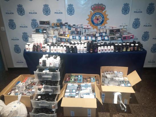 Große Mengen illegaler Substanzen konnten in Calvià im Südwesten von Mallorca sichergestellt werden. Das Labor soll zwei Deutsch