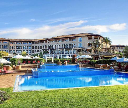 Das St. Regis Mardavall Mallorca Resort darf seinen Namen behalten.