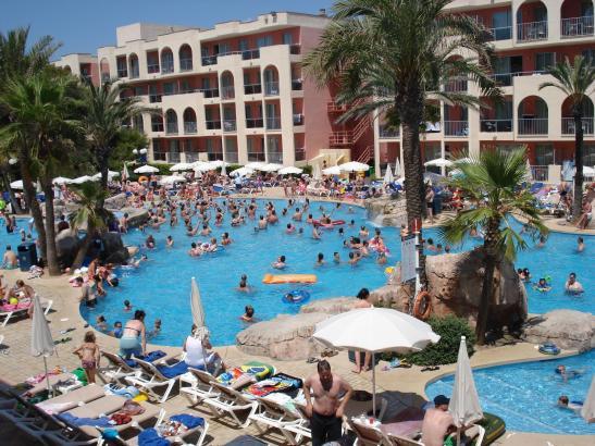 Viel Wasser benötigen die Hotels auf Mallorca unter anderem für die Schwimmbecken.