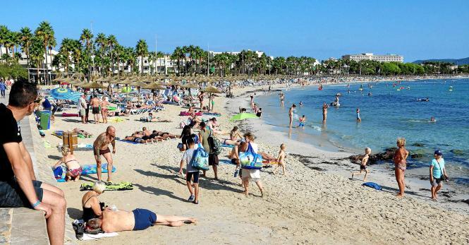 Das Schönste in Sa Coma, finden viele Urlauber, sind der Strand und die Meerespromenade