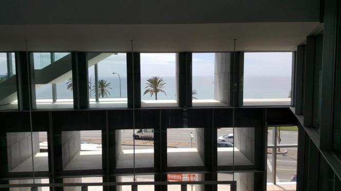 Blick aus Palmas Kongresspalast aufs Meer – In Zukunft wird Meliá Hotels die Einrichtung betreiben.