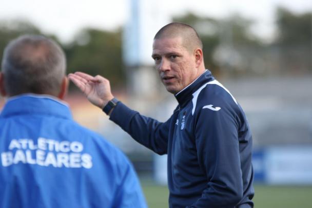 Christian Ziege, ehemaliger deutscher Nationalspieler trainiert Atlético Baleares.