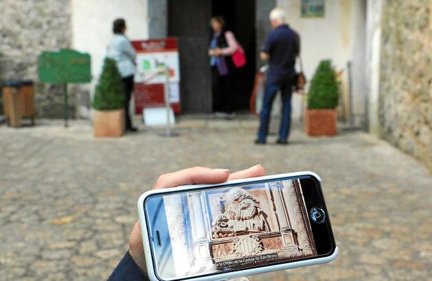 Auch auf Deutsch bietet die neue Handy-App den Besuchern Erklärungen auf ihrem Rundgang durch das ehemalige Kartäuserkloster