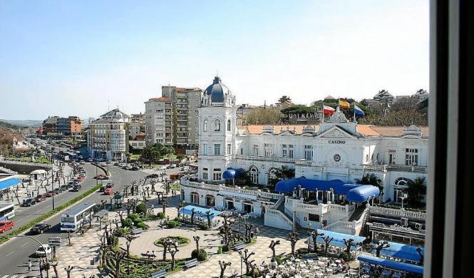 """Das """"Gran Casino de El Sardinero"""" in Santander auf dem spanischen Festland. Hier wurden zwei Beamte der Lokalpolizei von Palma d"""