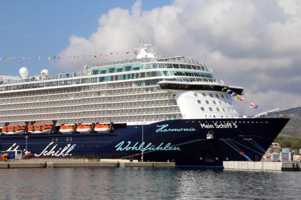 """Auch die Urlauberdampfer der """"Mein Schiff""""-Flotte von Tui Cruises nutzen Palma gern als Basishafen."""