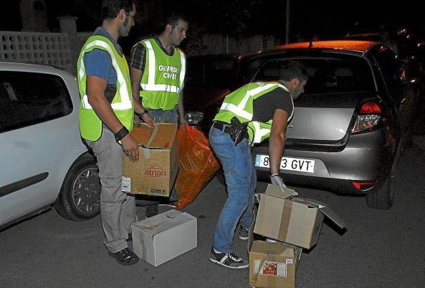 Die Ermittler konnten zwei Männer festnehmen, die für zahlreiche Einbrüche in Calvià im Südwesten von Mallorca verantwortlich se