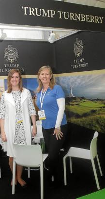 """Marketing-Vertreter von """"Trump International Golf"""" auf der Golfmesse in Son Termens im Westen von Mallorca."""