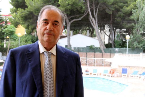 Antonio Seijas stand 22 Jahre dem Hotel Cristóbal Colón an der Playa de Palma vor.