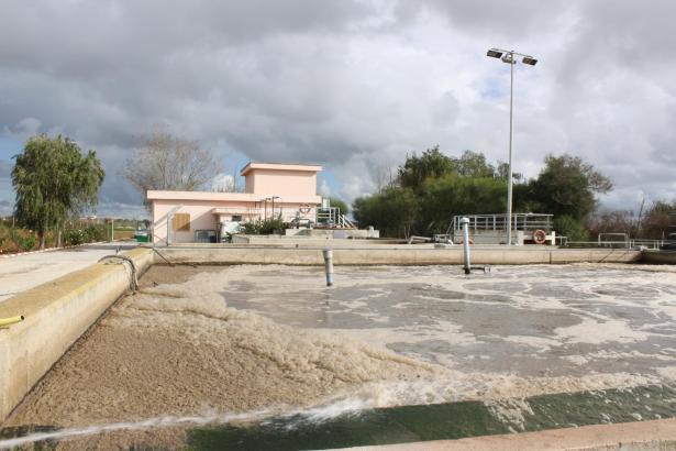 So manche Kläranlage auf Mallorca ist bekannt dafür, dass sie unfeine Gerüche absondert.
