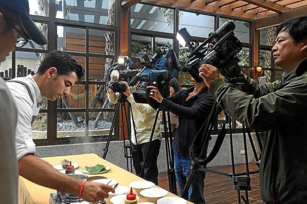 Einer der Termine wurde live von mehreren TV-Sendern übertragen.