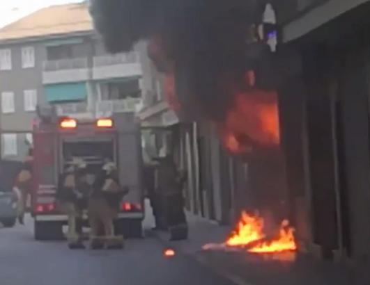In Son Rapinya ist am Donnerstag ein Klimaanlagengeschäft ausgebrannt.