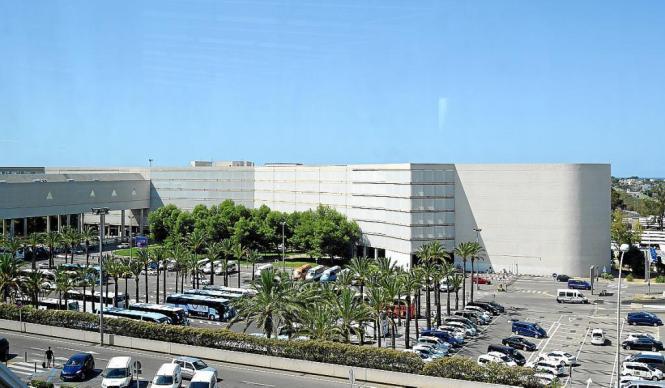 Der Flughafen Son Sant Joan in Palma de Mallorca ist der drittgrößte in Spanien.
