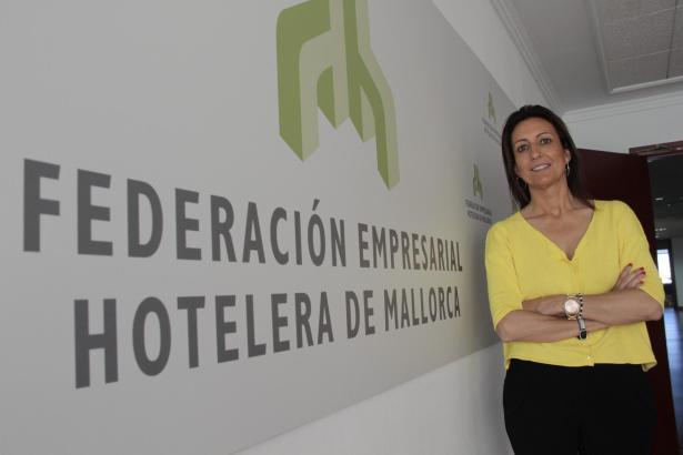 Die Vorsitzende des Hotelverbandes Fehm, Inmaculada de Benito, ist für eine Deckelung der Gästebetten in der Ferienvermietung.