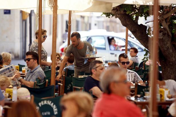 Auf den Balearen arbeiten viele Menschen im Gastronomie- und Hotelleriesektor