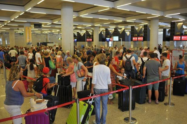 """Gut was los: In diesem Jahr sind in """"PMI"""" 26 Millonen Passagiere angekommen und abgeflogen."""