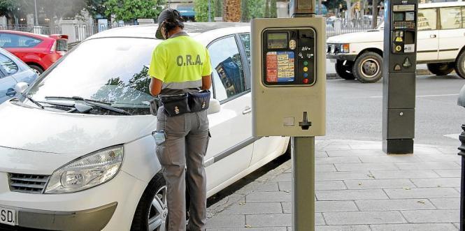 Die ORA-Mitarbeiter in Palma de Mallorca drohen mit Streik.