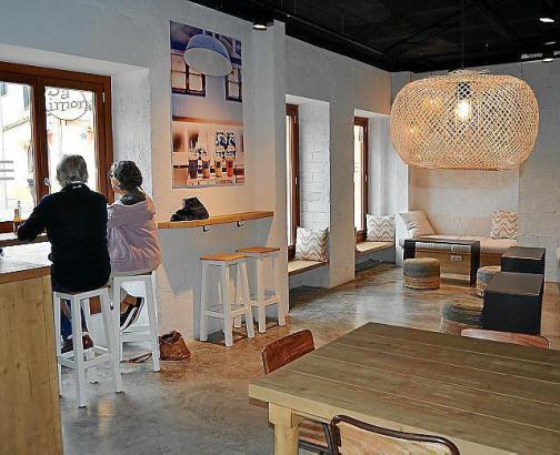 """""""Smart Food"""" in Santa Catalina: Frisches und Gesundes gibt es im neuen Simpel im Carrer Sant Magí."""