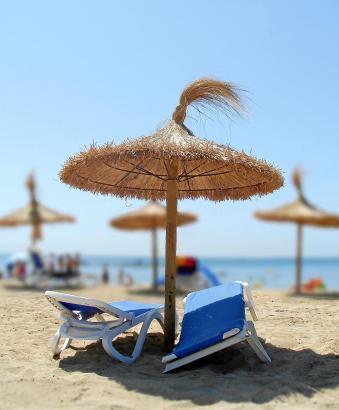 Die Urlauberin hatte auf einer Strandliege in Magaluf im Südwesten von Mallorca geschlafen, als der Vergewaltiger zuschlug.