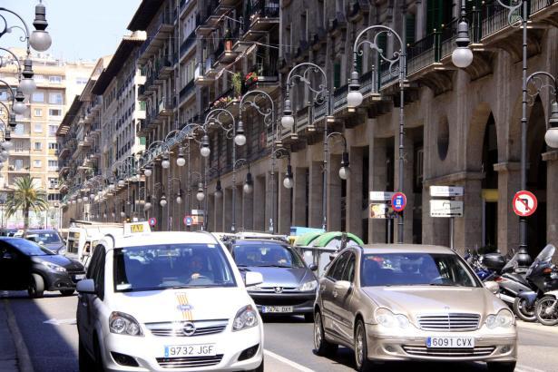 Der Verkehr in Palma de Mallorca ist maßgeblich für die Umweltverschmutzung verantwortlich.