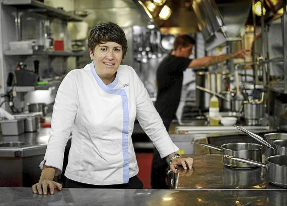 Sterneköchin Macarena de Castro legte sich im Internet mit einer unzufriedenen Restaurantbesucherin an.