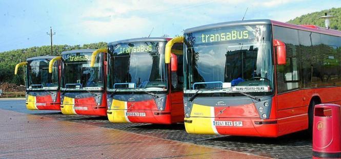 Von Mai an sollen fünf Buslinien direkt vom Flughafen Son Sant Joan in die Urlaubsorte der Insel fahren.