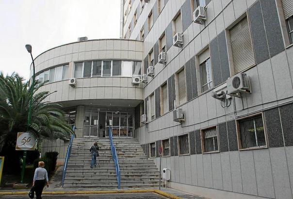 Seit sechs Jahren steht der Klinikkomplex von Son Dureta leer.