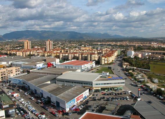 Viel Platz auf den Dächern für Fotovoltaik-Zellen: Palmas Industriegebiet Son Castelló.
