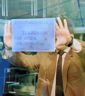 """Archivbild vom 22. August 1992, als die Guardia Civil die Diskothek """"BCM"""" auf Mallorca vorübergehend schließen ließ."""