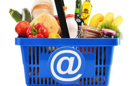 In den Onlinesupermärkten findet sich ein ähnliches Angebot wie den Kaufhallen vor Ort
