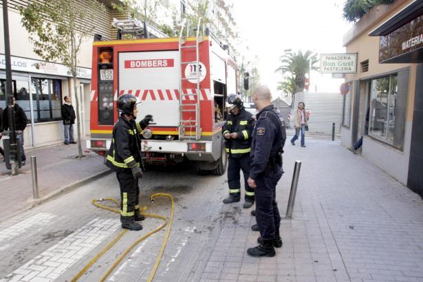 Feuerwehrleute auf Ibiza im Einsatz. Sie werden oft zu Spezialeinsätzen gerufen.