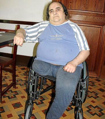 Juanito, Ex-Drogendealer, lebt heute von 300 Euro Sozialhilfe