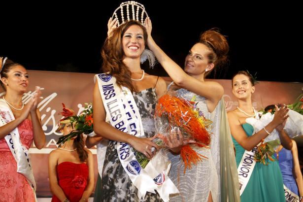 Im Juli 2012 wurde Marina zur Miss Baleares gekrönt.