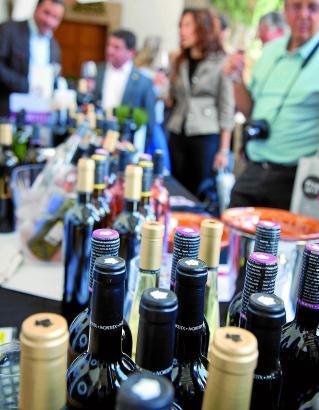 Auf der Weinmesse können die Tropfen von 39 mallorquinischen Bodegas verkostet werden