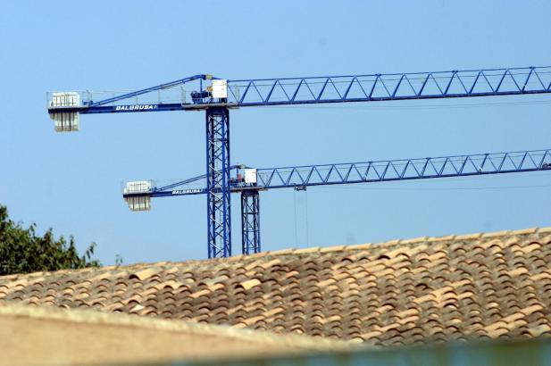 Die Regierung sieht noch ausreichend Bauland vorhanden.