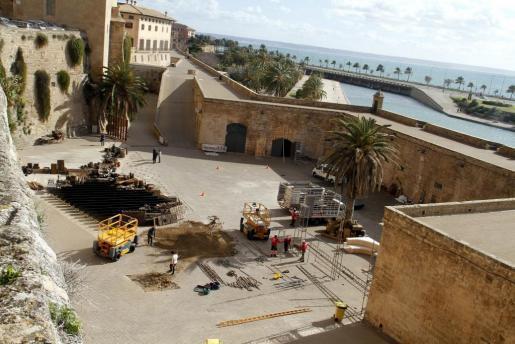 Das Archivfoto zeigt die Stadtmauer von Palma sowie die innere ehemalige Bastion von Ses Voltes, wo sich der tódliche Sturz erei