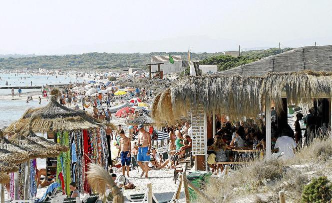 Die Tage der Strandkioske von Es Trenc sind gezählt.