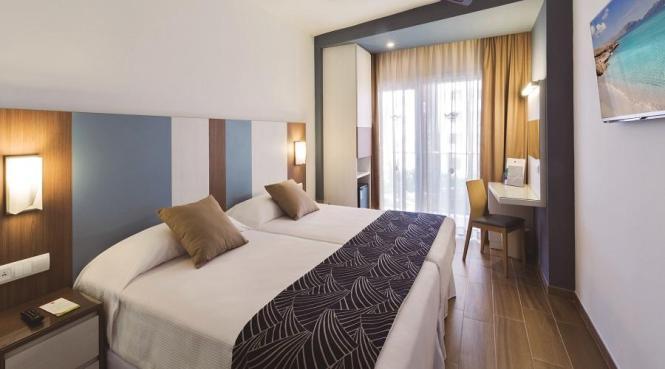 Blick in eines der frisch renovierten Zimmer im Hotel Riu Festival.