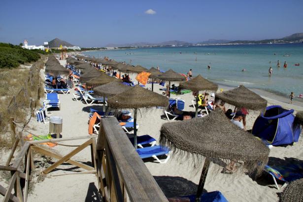 Für 62 Prozent der Befragten sind die Sandtrände - hier die Playa de Muro - ein gewichtiges Mallorca-Argument.