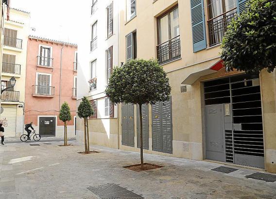 Bei Airbnb wurden Sozialwohnungen an diesem Platz im Altstadtviertel sa Gerreria zur Ferienvermietung angeboten.