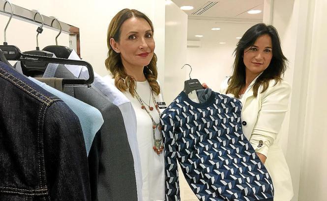 María José Rueda Truncer (links) und Eva María Cabrera Nuñez beraten Kunden ganz individuell