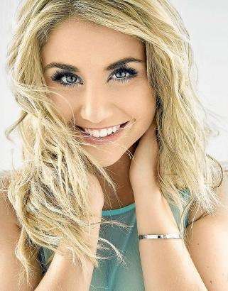 """Nach ihrem Sieg bei """"Deutschland sucht den Superstar"""" im Mai 2013 schoss die Schweizerin Beatrice Egli mit ihrer Single """"Mein He"""