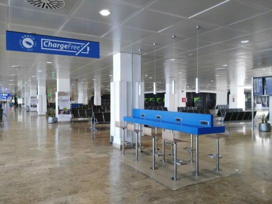 Mehr als 30 Ladeterminals sind am Airport Palma (hier im Modul A) installiert worden.