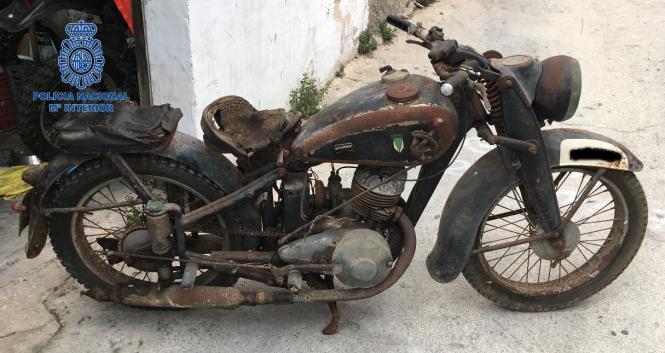Das auf Mallorca sichergestellte Motorrad aus dem Ersten Weltkrieg.