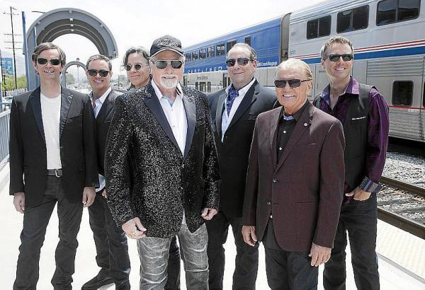 Die Beach Boys 2017: Auf der Live-Tour ist von den Gründungsmitgliedern noch Mike Love (Mitte) dabei