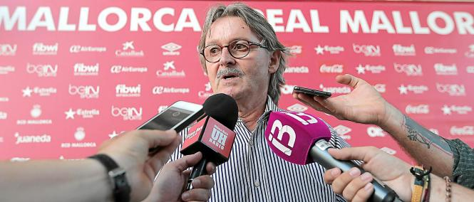 Monti Galmés gab seine Entscheidung am Montagabend vor der versammelten mallorquinischen Presse bekannt.
